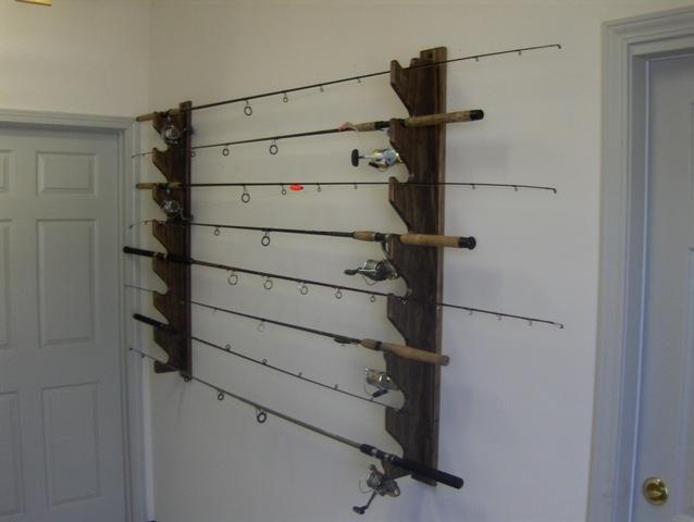 Rastrelliere portacanne in legno pescare in sicilia forum for Porta canne da pesca a muro