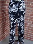 CYNTHIA ROWLEY BLACK/WHITE FLORAL SPRAY PRINT CROPPED PANTS