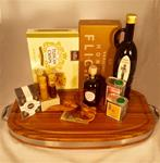 A TASTE OF HONEY N SUCH-GOURMET GIFT BASKET BOARD