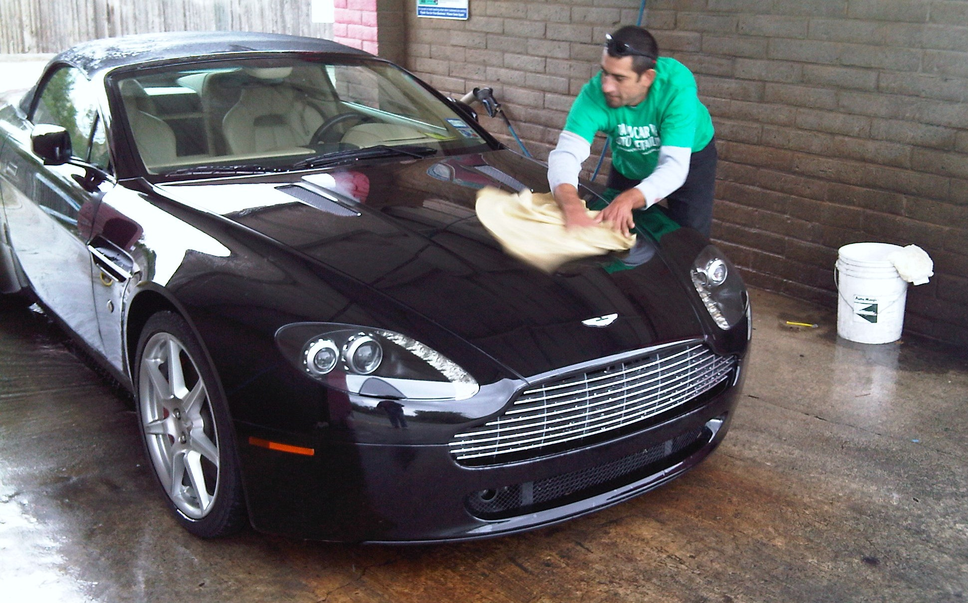 Full service hand wash the hand car wash and auto detailing for Clean car pictures