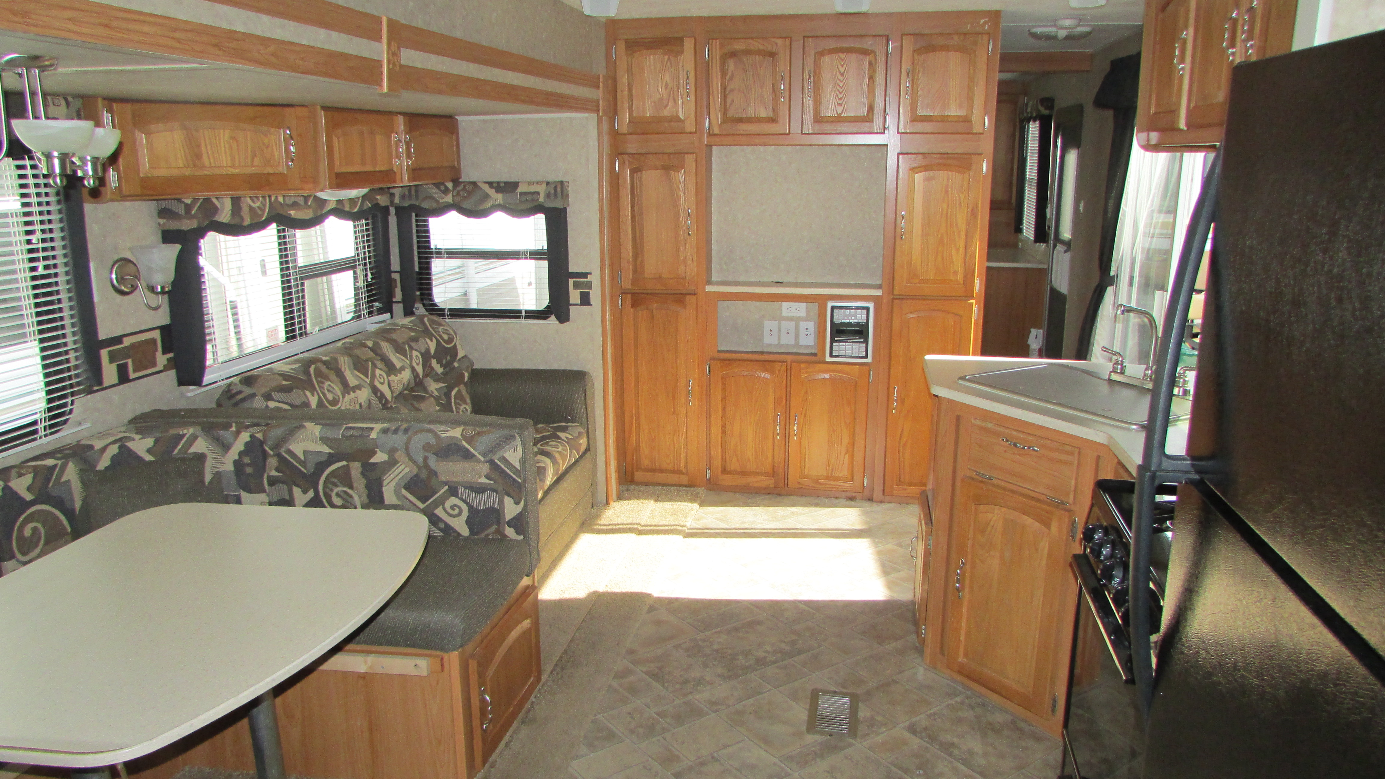 2009 Palomino Puma 39ptdbss Destination Travel Trailer 3 Slides 2 Bedrooms 2 Bathrooms