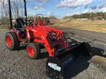 "25 Hp 4x4 Snow Special, includes bucket and 72"" snow push"