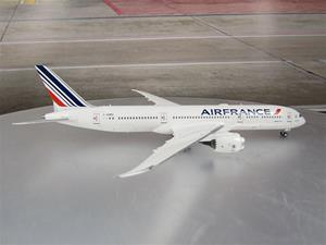 1/400 scale Air France 787-9 Reg No. F-HRBG