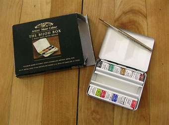 bijou box How to Pack Art Supplies for Summer Travel