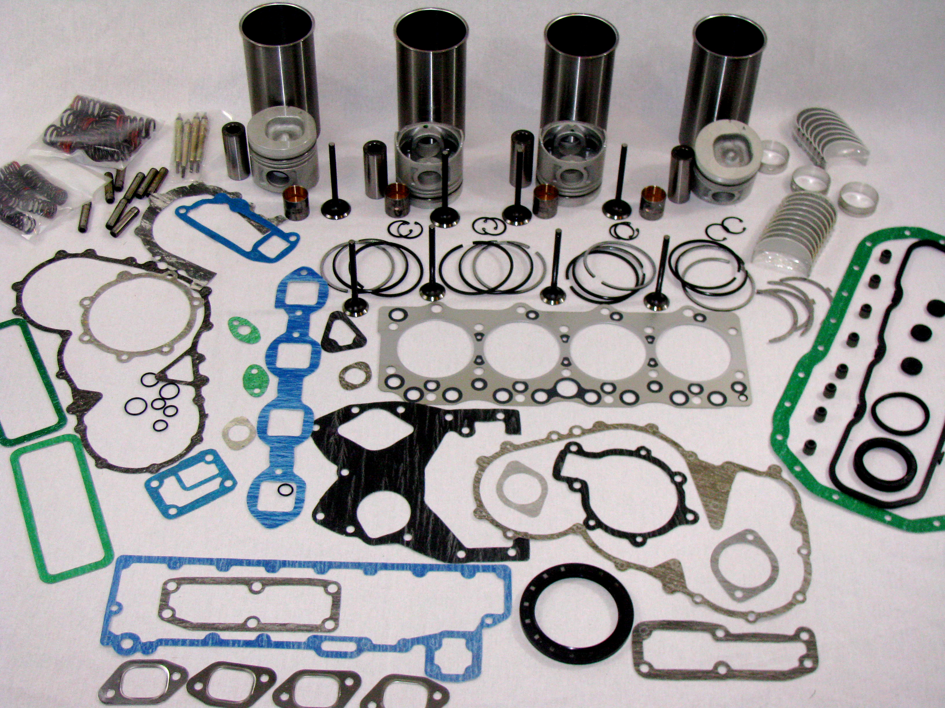 ISUZU 3 9 4BD1 ENGINE OVERHAUL KIT WITH VALVE TRAIN - Rudy's