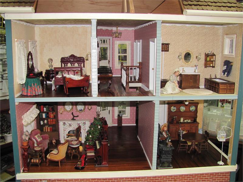 Vintage Visalian Dollhouse My Doll S House